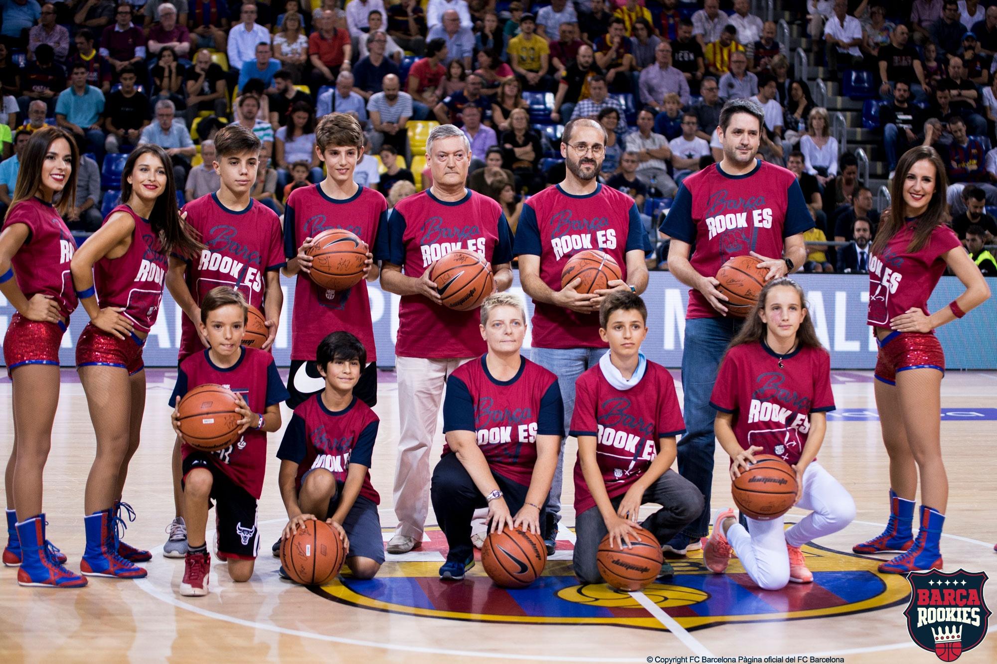 Els guanyadors del QUIZ del Barça Rookies gaudeixen del primer partit de la temporada!